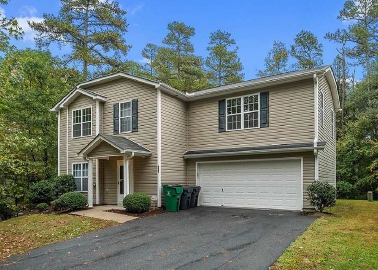 818 Mt Holly Huntersville Road Charlotte, NC 28214