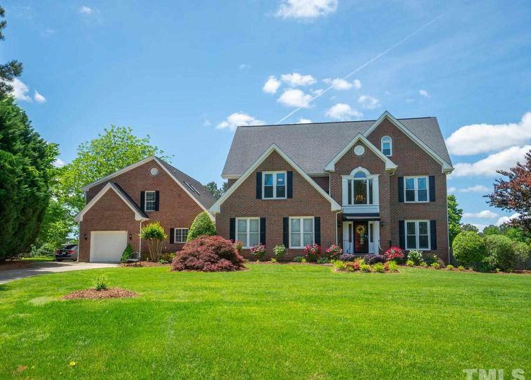 2204 Black Willow Court Raleigh, NC 27606