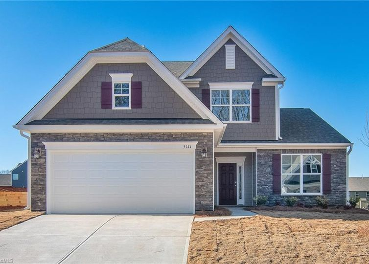 5144 Quail Forest Drive Clemmons, NC 27012