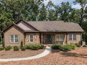 305 Bayside Drive West Union, SC 29696 - Image 1
