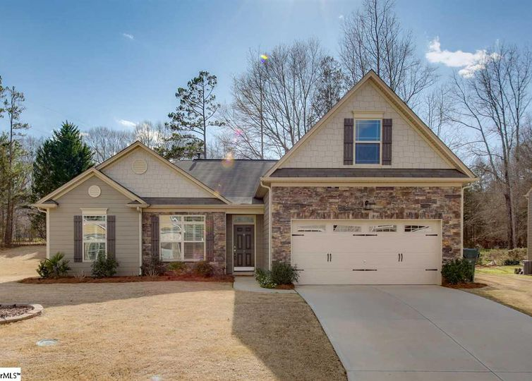 7 Morton Grove Lane Simpsonville, SC 29681