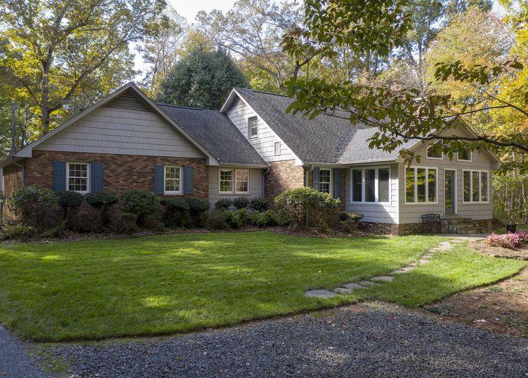 1336 Cross Creek Drive Yadkinville, NC 27055