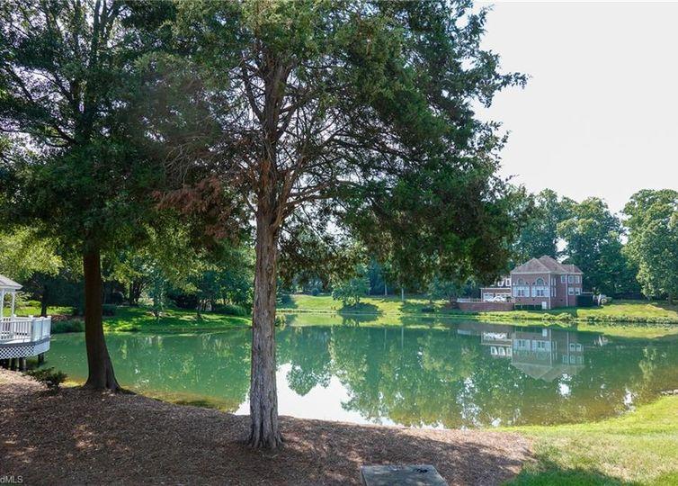 3171 Milhaven Lake Drive photo #1