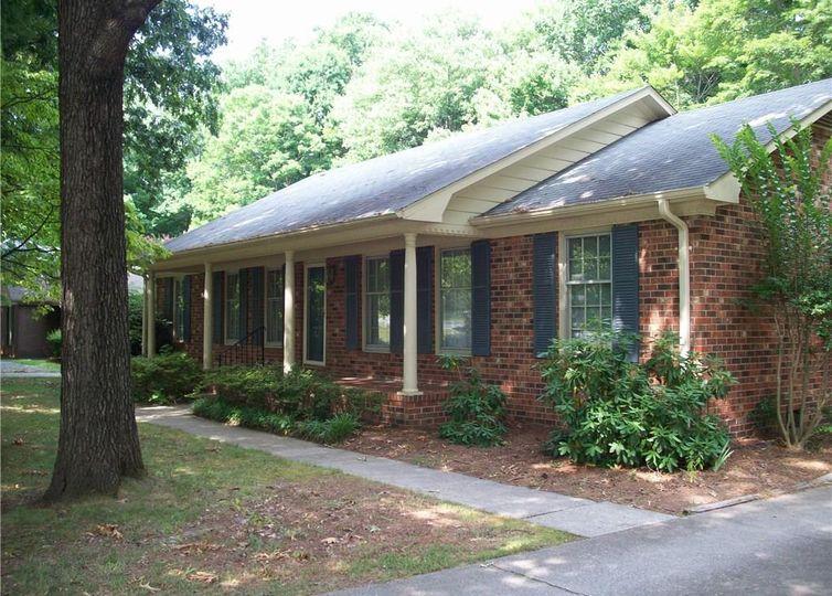 1018 Jefferson Road Greensboro, NC 27410