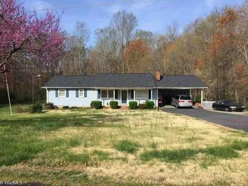 110 Roswell Drive Kernersville, NC 27284 - Image