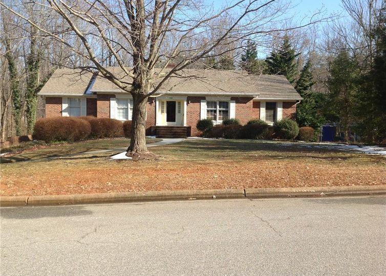 1718 Bearhollow Road Greensboro, NC 27410