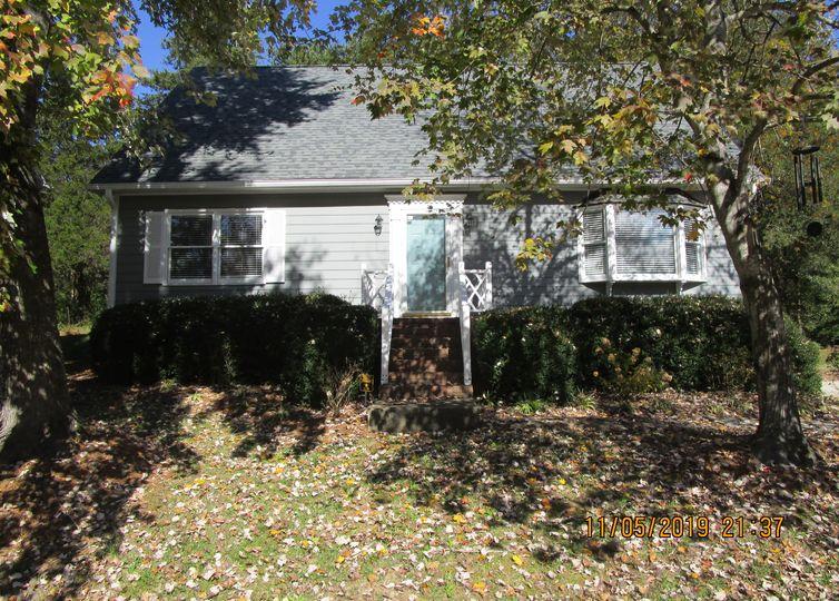 1611 Bridgeport Terrace High Point, NC 27265