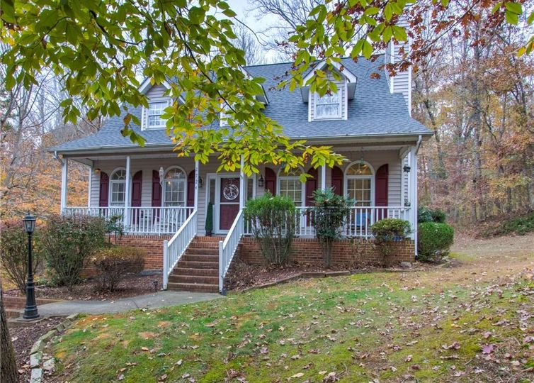 2724 Stable Hill Trail Kernersville, NC 27284