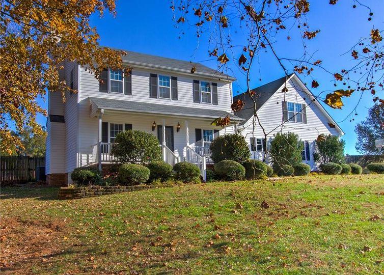 107 Whitestone Drive Greensboro, NC 27455