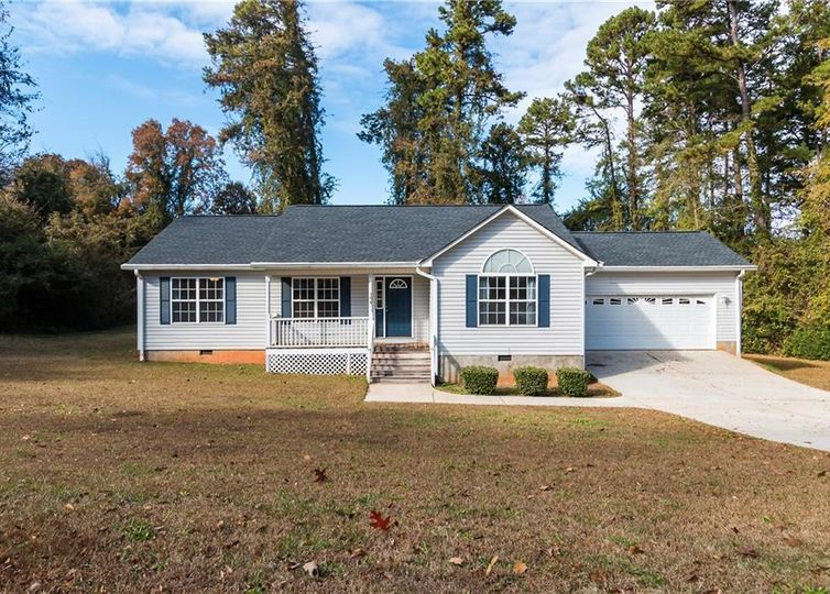104 Keith Lane Seneca, SC 29678