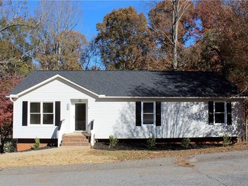 104 Chesterfield Court Easley, SC 29640 - Image 1