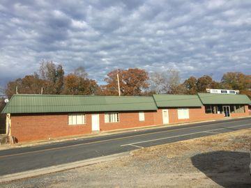 120 N Broad Street Robbins, NC 27325 - Image 1