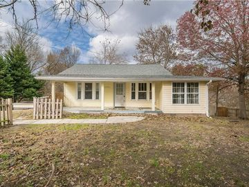 1714 Country Club Drive High Point, NC 27262 - Image 1