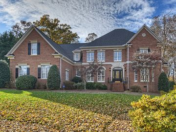 9105 Man Of War Drive Waxhaw, NC 28173 - Image 1