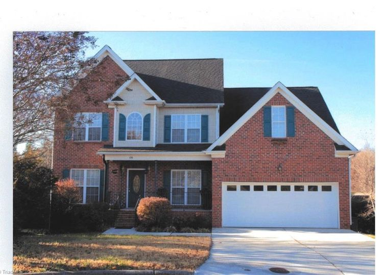 135 Cross Gate Court Winston Salem, NC 27106