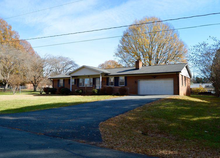 5187 Sedge Brook Road photo #1