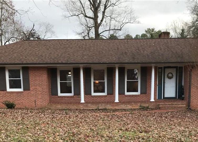 1720 Turfwood Drive Pfafftown, NC 27040