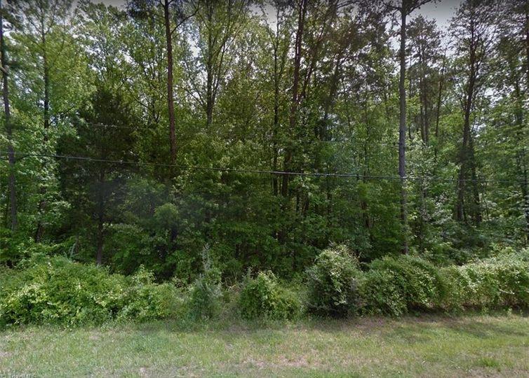 4346 Four Farms Road Greensboro, NC 27410