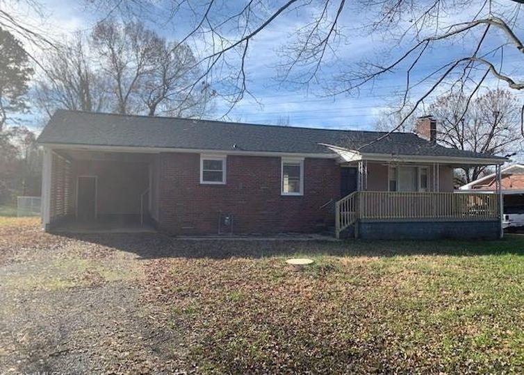 4714 Randall Street Winston Salem, NC 27104