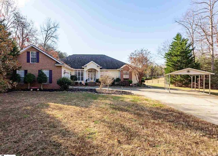 211 W Magill Court W Greer, SC 29651