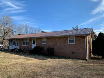 5713 Old Maple Springs Road Seagrove, NC 27341 - Image 1