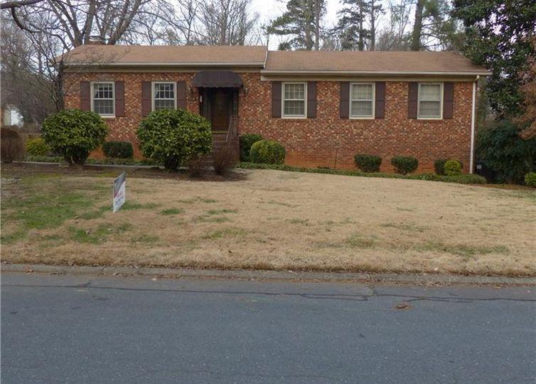 1514 Gracewood Drive Greensboro, NC 27408