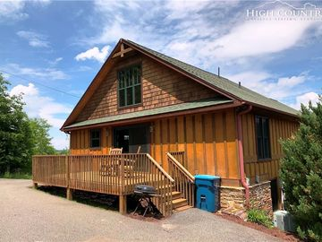 510 Ransom Street Blowing Rock, NC 28605 - Image 1