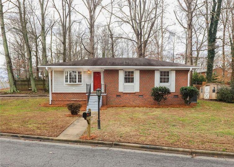 1103 Birchcrest Drive Greensboro, NC 27406