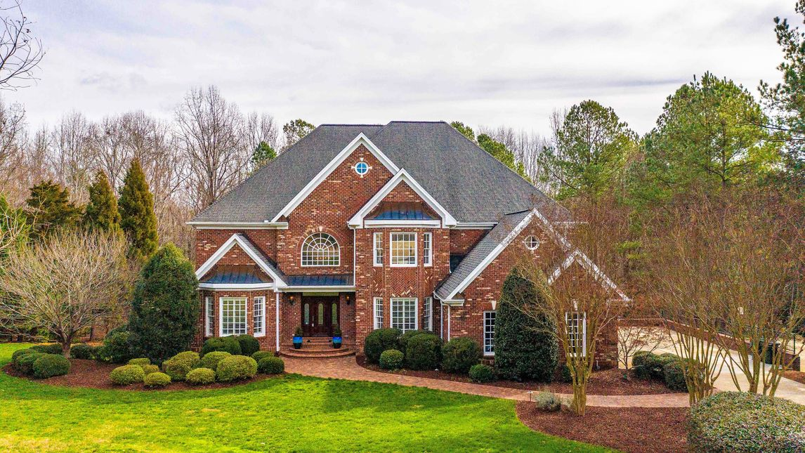 6581 Wakefalls Drive Wake Forest, NC 27587