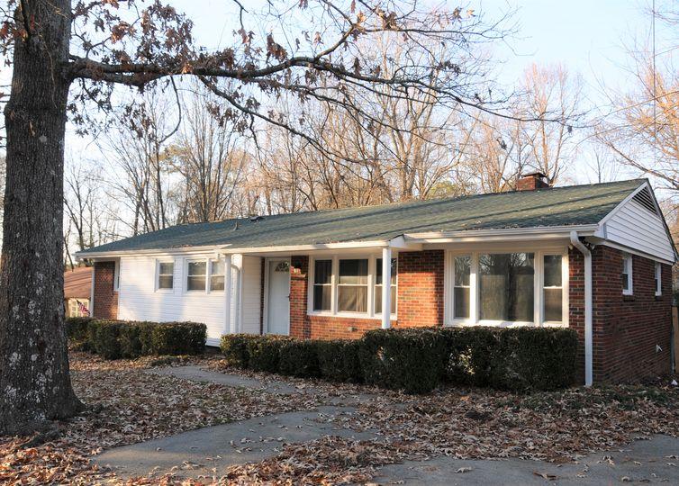 6118 Sundown Drive Greensboro, NC 27410