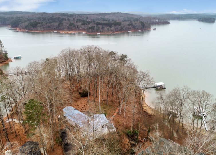 911 Point Road Westminster, SC 29693