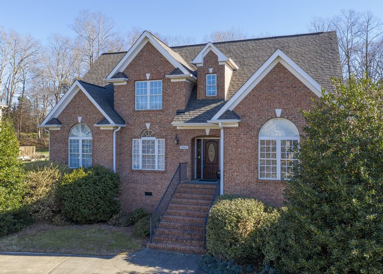 1865 Curraghmore Road Clemmons, NC 27012