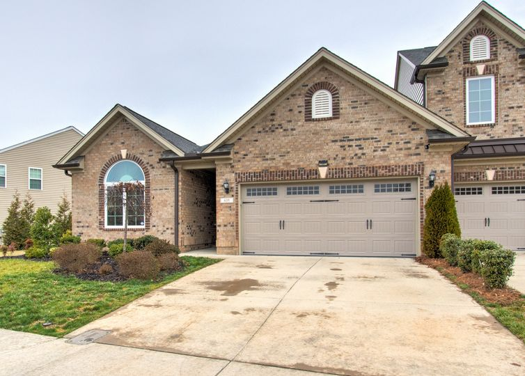 635 Piedmont Crossing Drive High Point, NC 27265