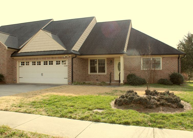 528 Grandview Drive Graham, NC 27253