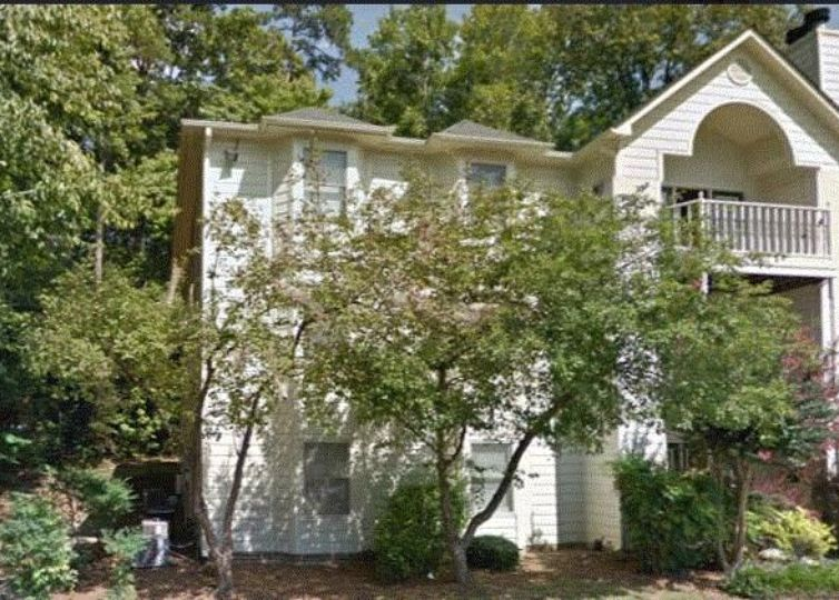 5930 W Friendly Avenue C Greensboro, NC 27410