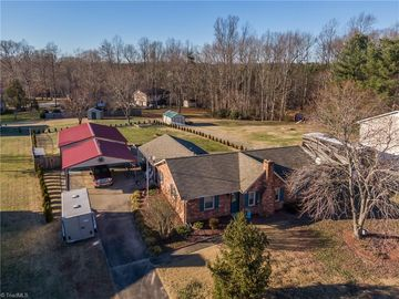 6003 Grey Fox Lane Lexington, NC 27295 - Image 1