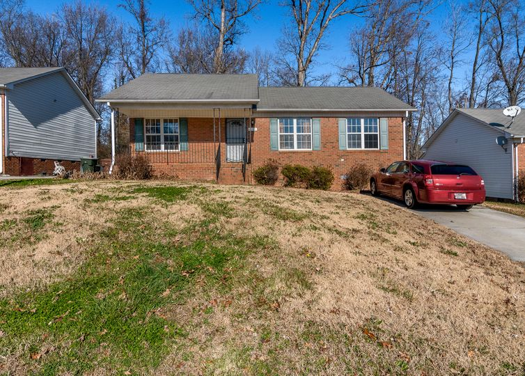 2119 Fairbrother Street Greensboro, NC 27405