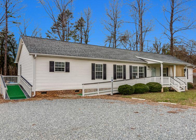 2507 Mcknight Mill Road Greensboro, NC 27405