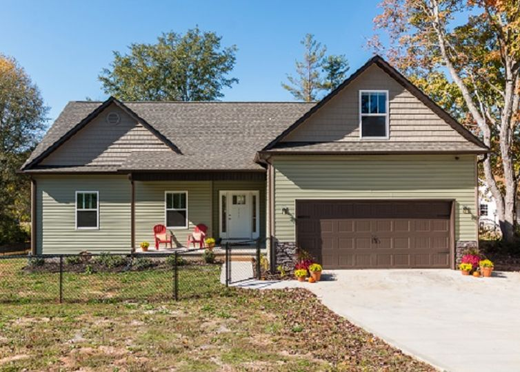 203 Tubbs Mountain Road Travelers Rest, SC 29690