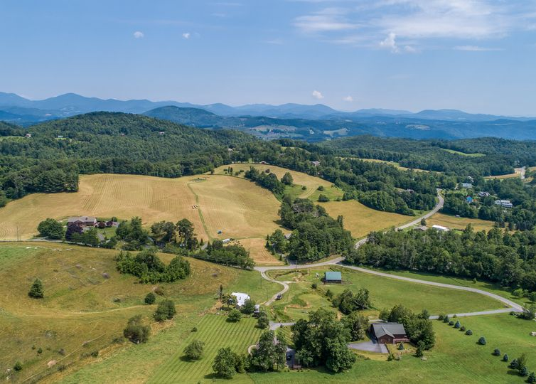 TBD Brown Stone Ridge Boone, NC 28607