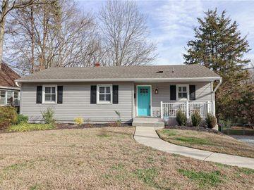 923 Lockland Avenue Winston Salem, NC 27103 - Image 1