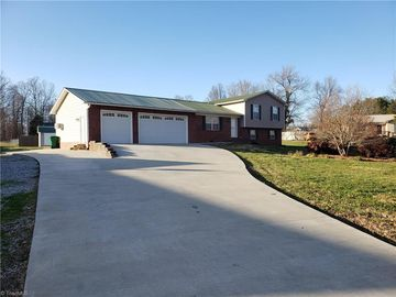 175 Clearfield Drive Lexington, NC 27295 - Image 1