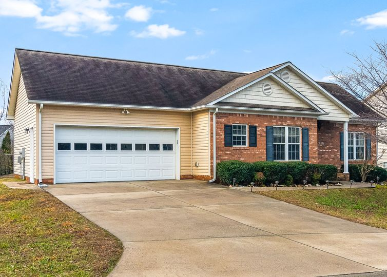 416 Barnsdale Ridge Road Kernersville, NC 27284