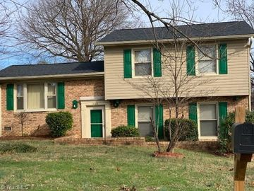 2423 Bywood Road Greensboro, NC 27405 - Image 1
