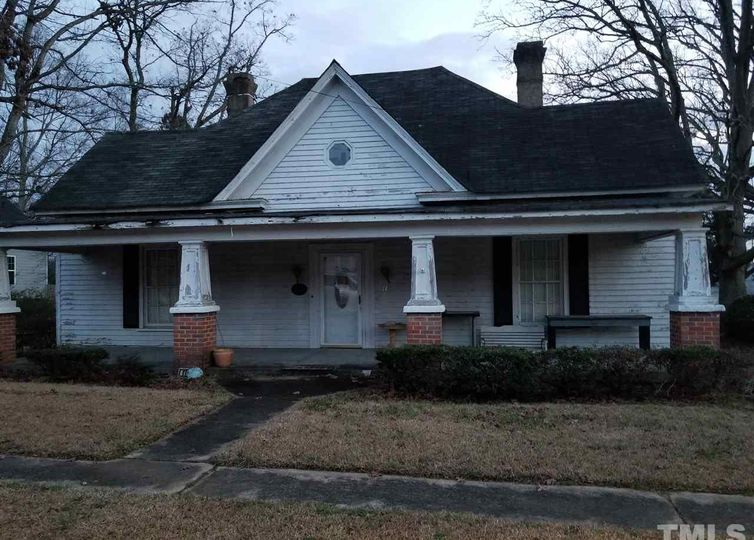 115 Franklin Street W Youngsville, NC 27596