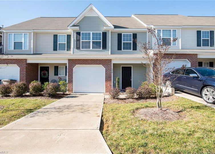 334 Robyns Glen Circle Greensboro, NC 27409