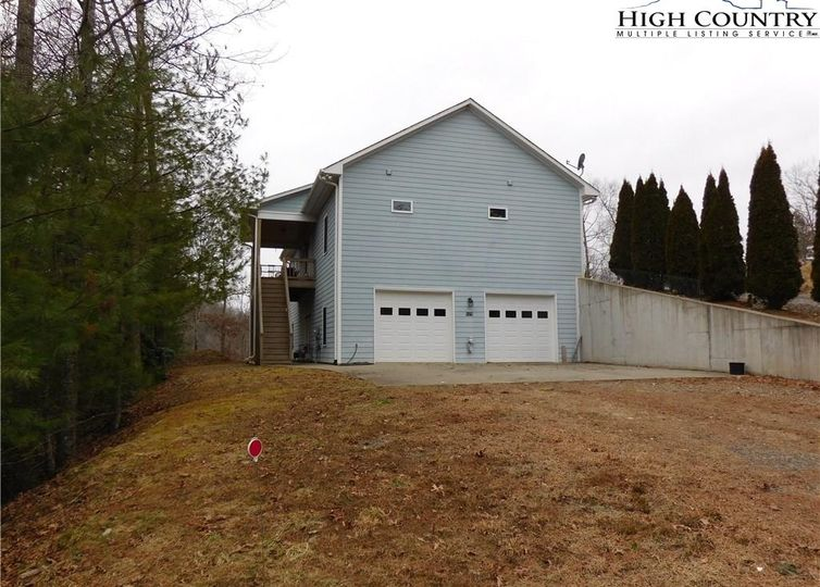 8429 NC Highway 163 West Jefferson, NC 28694