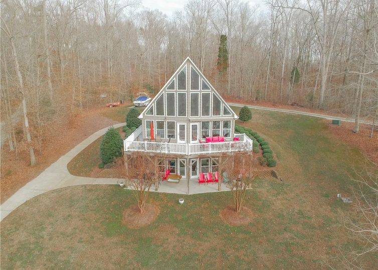 338 Mountain Harbor Drive Lexington, NC 27292