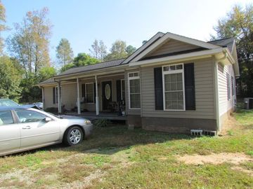 414 New Hampshire Circle Clinton, SC 29325 - Image 1