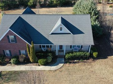 110 Woods Drive West Union, SC 29696 - Image 1